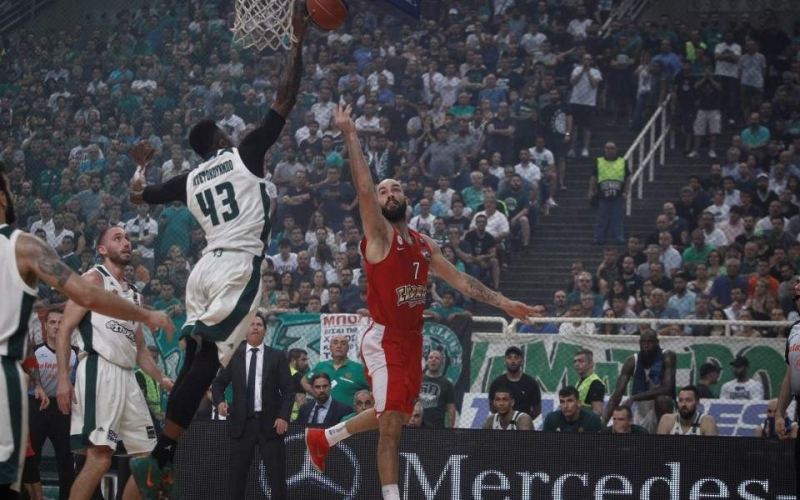 Panathinaikos, Basket League tacı üslubunu koruyor
